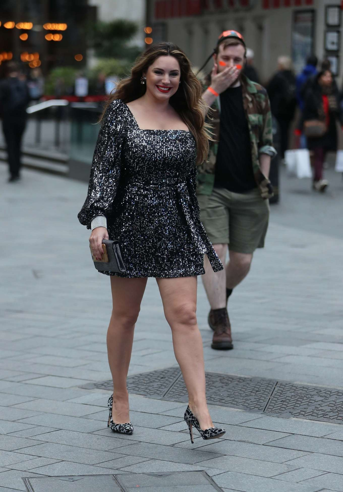 Kelly Brook sin Silver Mini Dress - Out in London