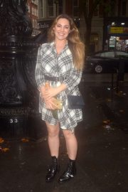 Kelly Brook - Spotted at Global Studios in London