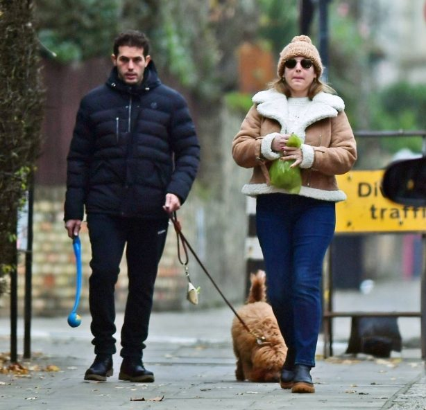 Kelly Brook - Spotted with her partner Jeremy Parisi walking the dog in London