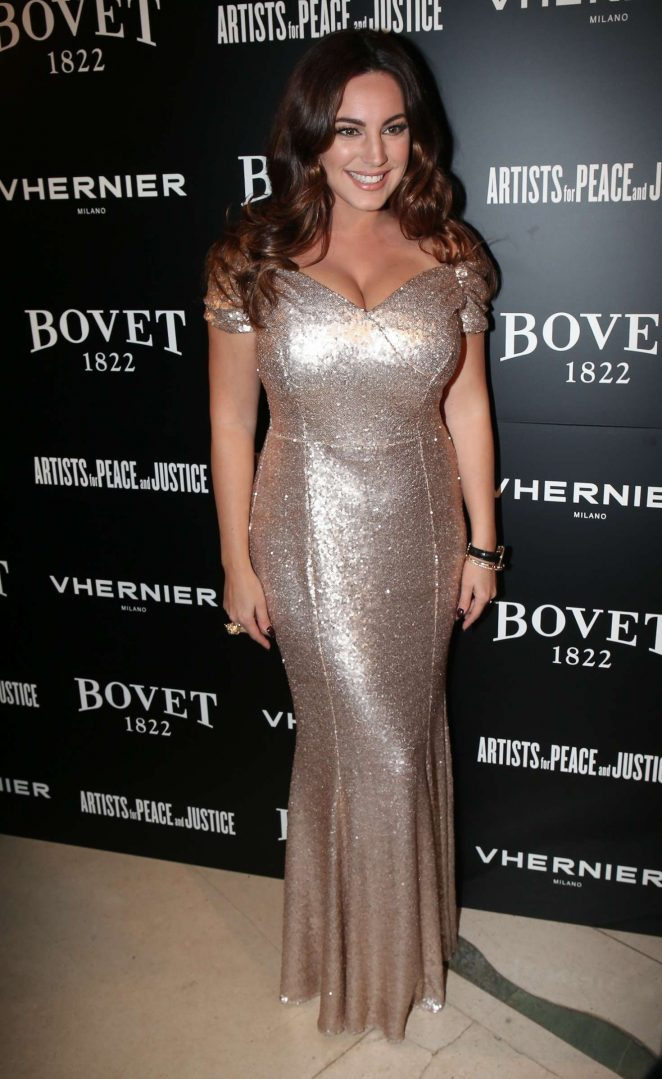 Kelly Brook: The Brilliant Is Beautiful Gala -16