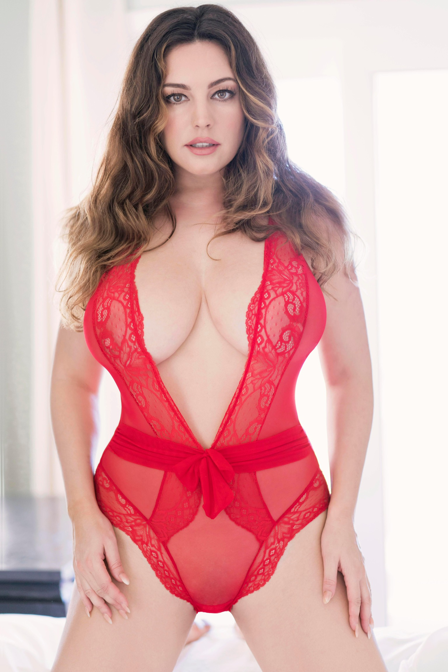 Kelly Brook – Valentines Day Photoshoot 2018 | Indian ...