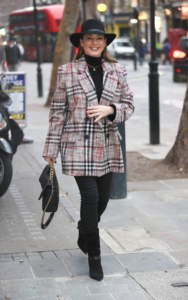 Kelly Brook - Wears a trendy jacket at Heart Radio Studios in London