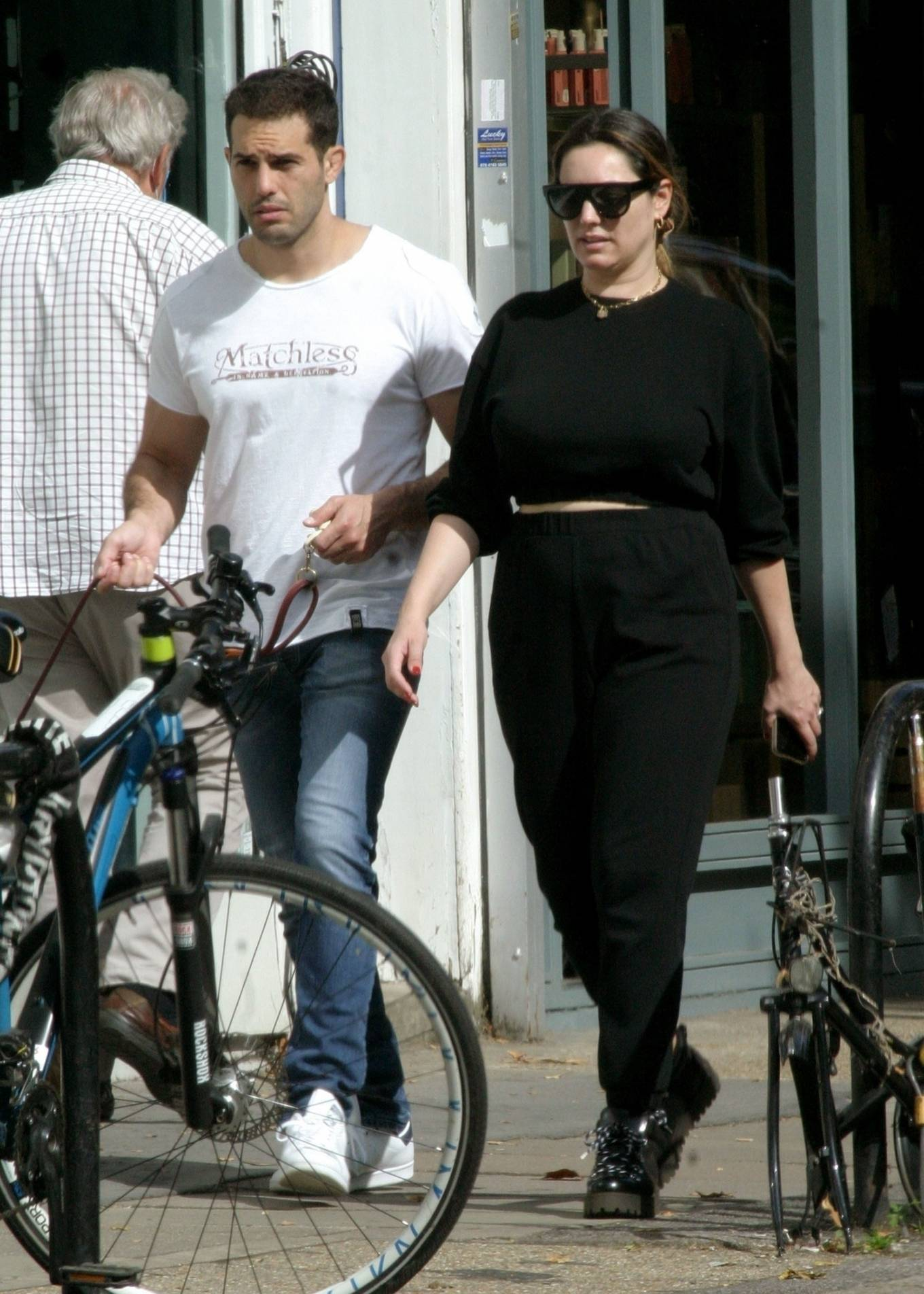 Kelly Brook 2020 : Kelly Brook with boyfriend Jeremy Parisi – Out in Hampstead-10
