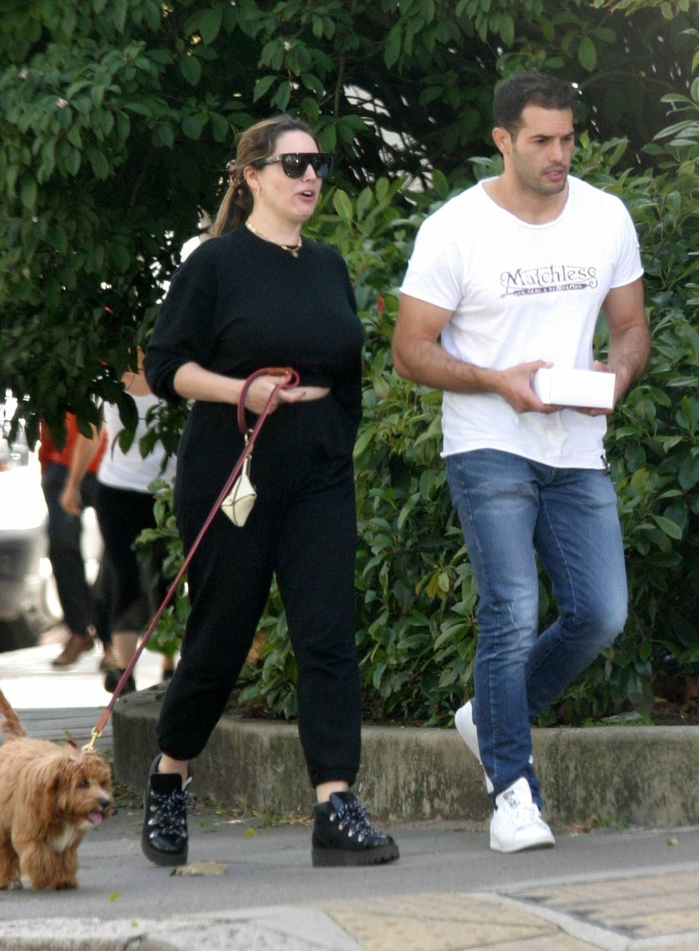 Kelly Brook 2020 : Kelly Brook with boyfriend Jeremy Parisi – Out in Hampstead-11