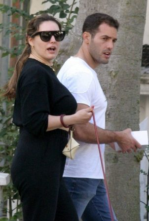 Kelly Brook with boyfriend Jeremy Parisi - Out in Hampstead