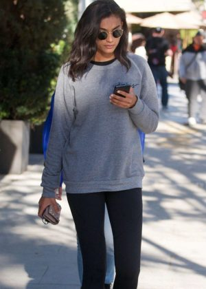 Kelly Gale in Tights - Out for lunch with a friend in Beverly Hills