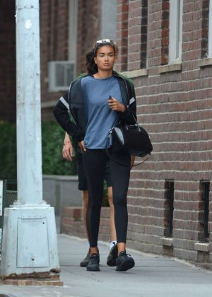 Kelly Gale - Leaving a gym in New York