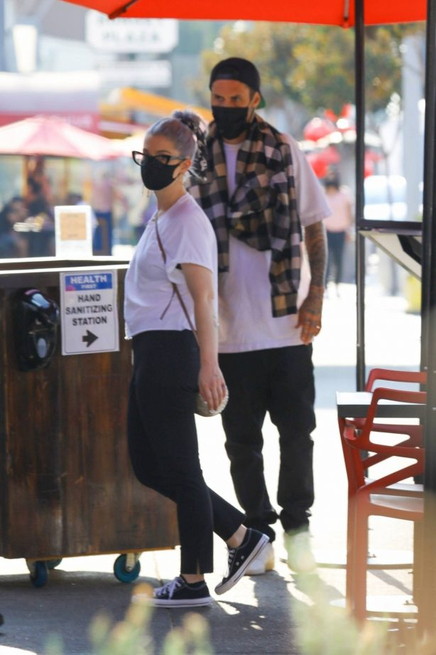 Kelly Osbourne and her boyfriend - Seen at Chin Chin restaurant in West Hollywood