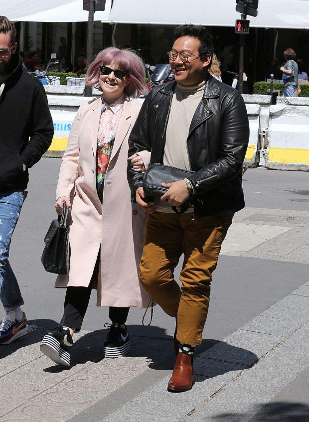 Kelly Osbourne: Strolling with a Man in Paris-11