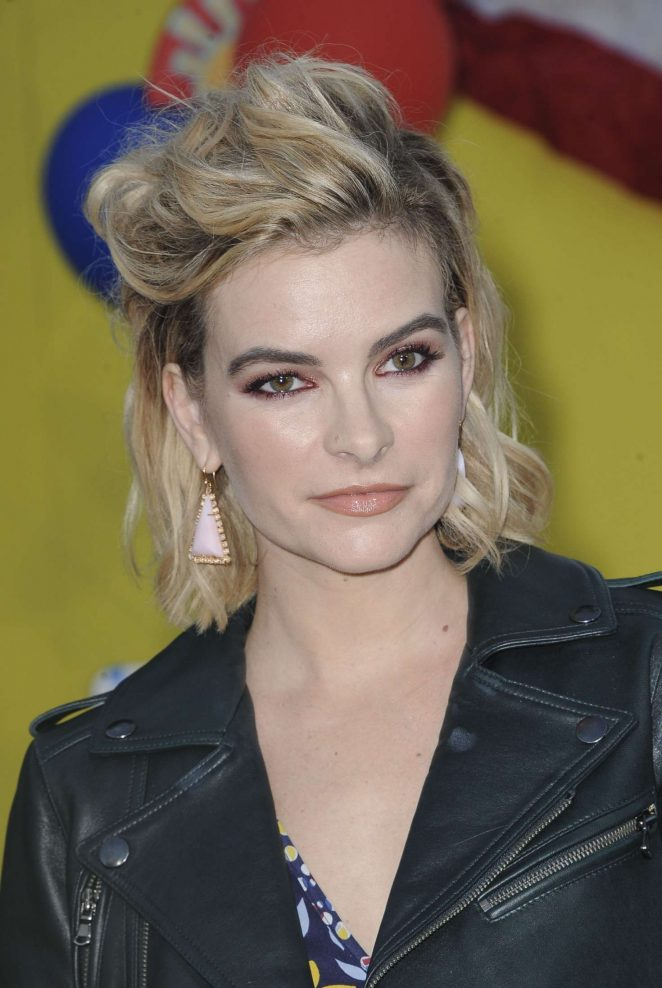 Kelly Oxford - 'Sausage Party' Premiere in Westwood