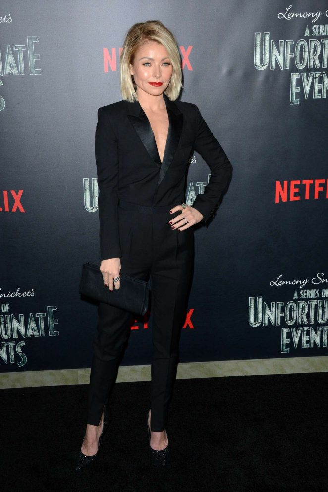 Kelly Ripa: Lemony Snickets A Series Of Unfortunate Events Screening -01