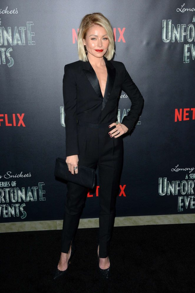 Kelly Ripa: Lemony Snickets A Series Of Unfortunate Events Screening -04