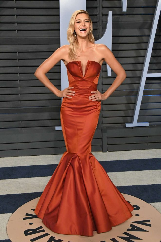 Kelly Rohrbach - 2018 Vanity Fair Oscar Party in Hollywood