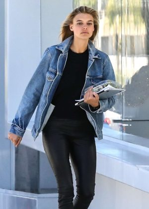Kelly Rohrbach at Meche Salon in West Hollywood