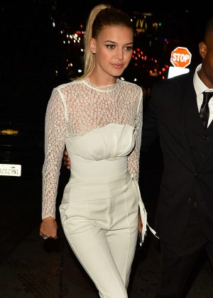 Kelly Rohrbach - Audi Arrivals at W Magazine's Best Performances Party in LA