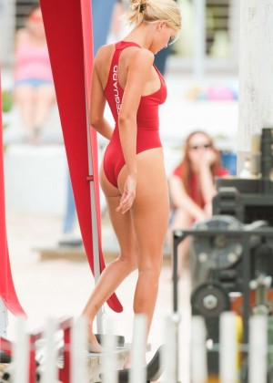 Kelly Rohrbach hot In Swimsuit-22