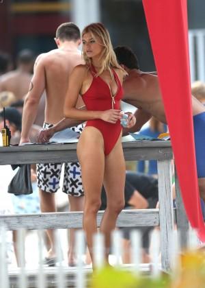 Kelly Rohrbach hot In Swimsuit-28