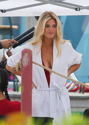 Boca Raton Shopping >> Kelly Rohrbach in Red Swimsuit onBaywatch set -13 – GotCeleb