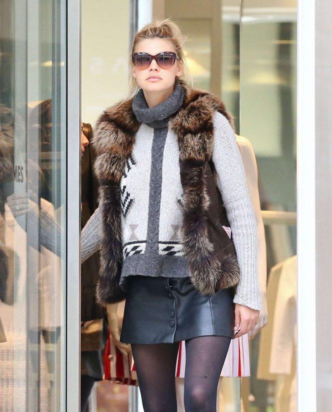 Kelly Rohrbach Out for shopping in St. Moritz