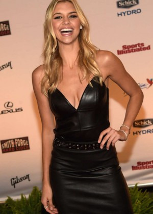 Kelly Rohrbach - SI 2015 Swimsuit Takes Over the Schermerhorn Symphony Center in Nashville