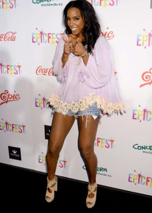 Kelly Rowland - 2016 EpicFest in Los Angeles