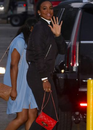 Kelly Rowland - Arrives at Beyonce Concert in Pasadena