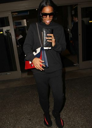 Kelly Rowland - Arrives to LAX airport in Los Angeles