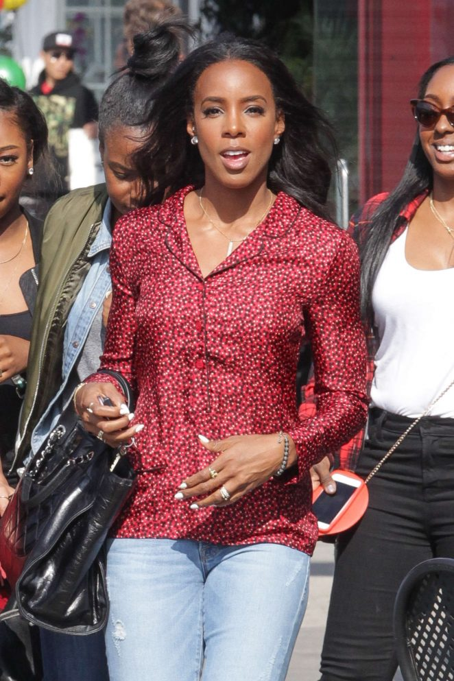 Kelly Rowland at Lala's Argentine Grill in West Hollywood