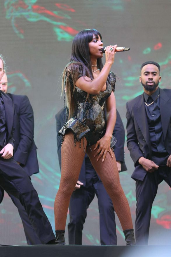 Kelly Rowland - Everest: The Worlds Richest Turf Race at Randwick Racecourse in Sydney