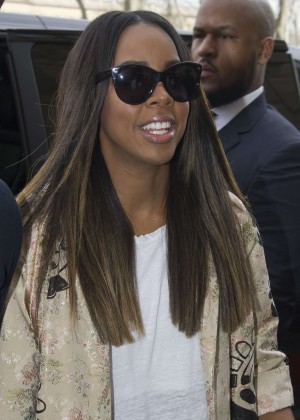 Kelly Rowland: Out and about in Paris -07