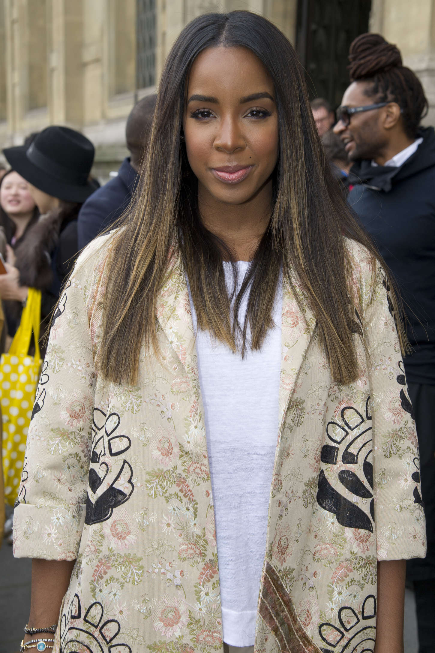 Kelly Rowland - Out and about in Paris