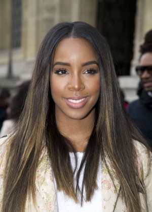 Kelly Rowland: Out and about in Paris -18