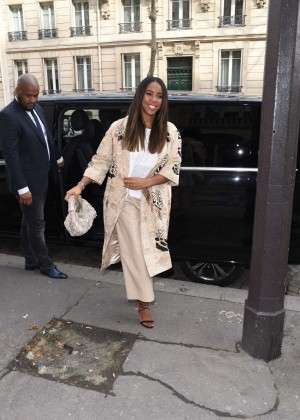 Kelly Rowland: Out and about in Paris -20