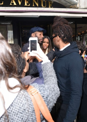 Kelly Rowland: Out and about in Paris -22