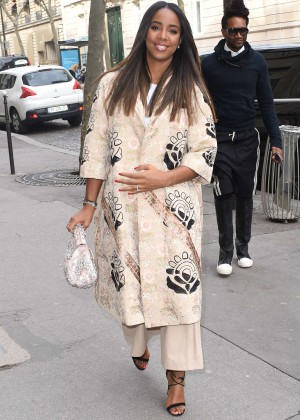 Kelly Rowland: Out and about in Paris -23