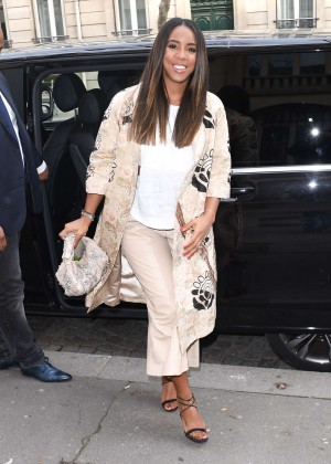 Kelly Rowland: Out and about in Paris -27