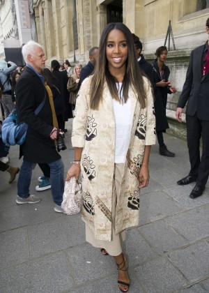 Kelly Rowland: Out and about in Paris -29