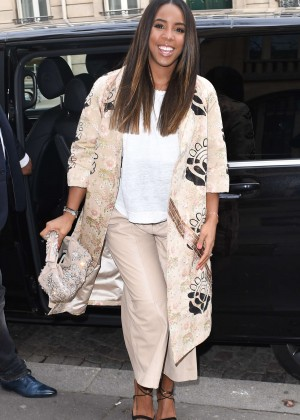 Kelly Rowland: Out and about in Paris -30