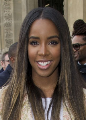 Kelly Rowland: Out and about in Paris -31