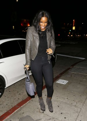 Kelly Rowland out in Los Angeles