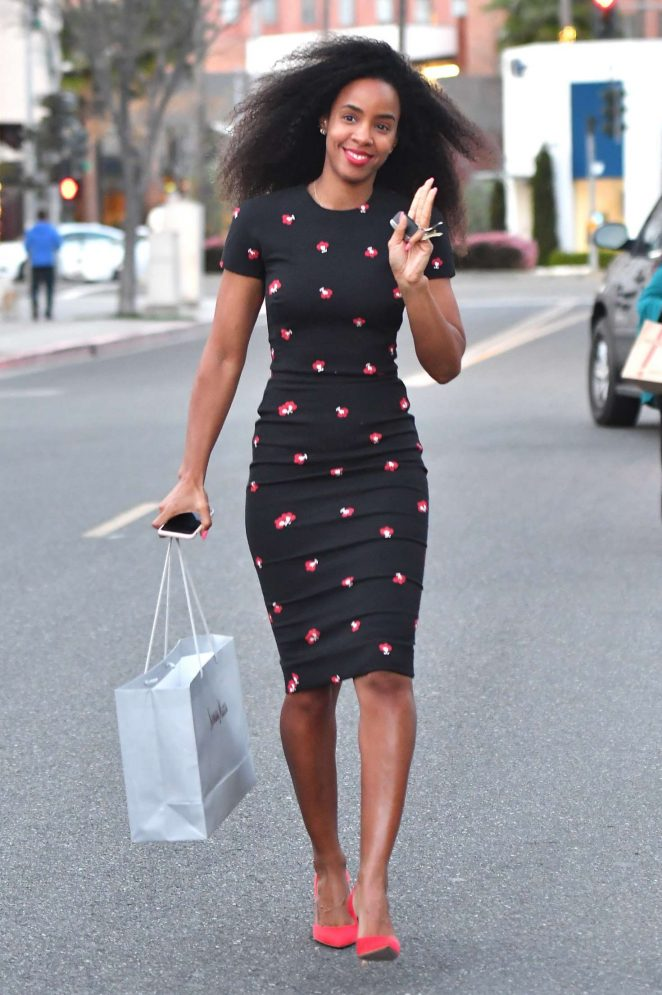 Kelly Rowland - Shopping at Neiman Marcus in Beverly Hills