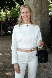 Kelly Rutherford - Attends the Berluti Menswear SS 2020 Show in Paris