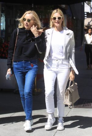 Kelly Rutherford - Seen with her mother Ann Edwards in Beverly Hills
