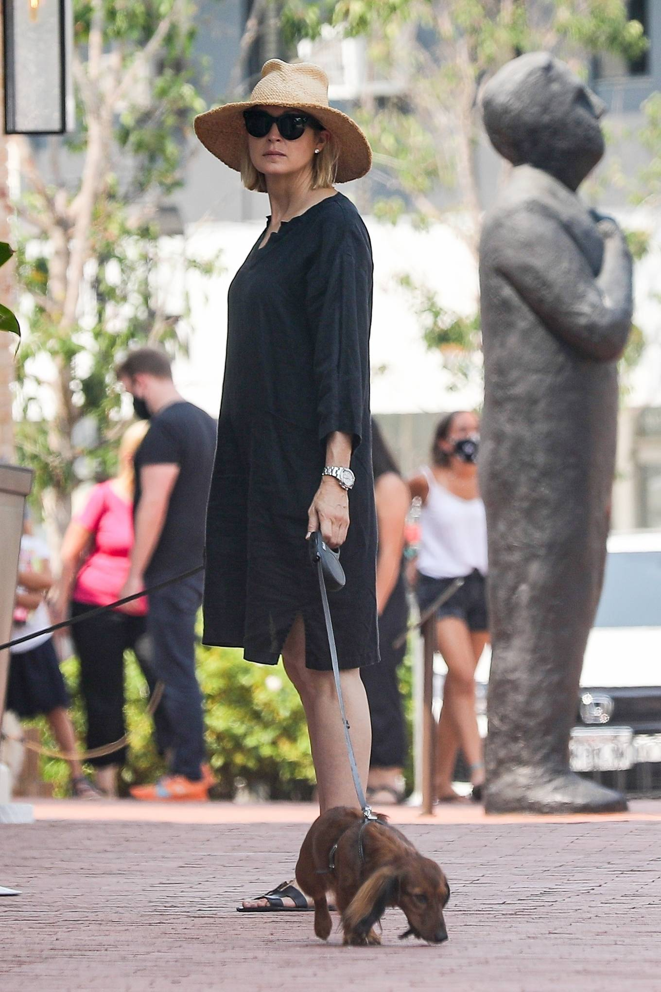 Kelly Rutherford 2020 : Kelly Rutherford – Shopping candids in Pacific Palisades-05