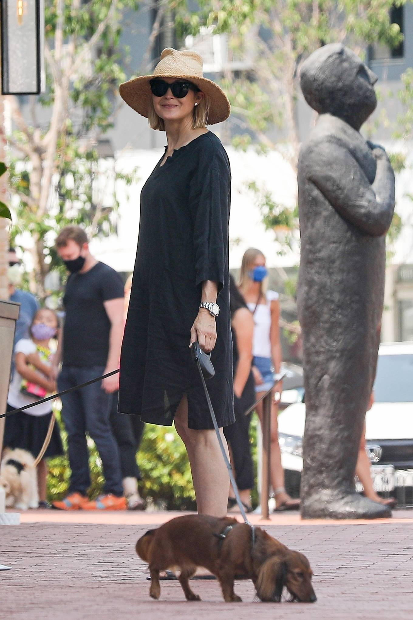 Kelly Rutherford 2020 : Kelly Rutherford – Shopping candids in Pacific Palisades-15