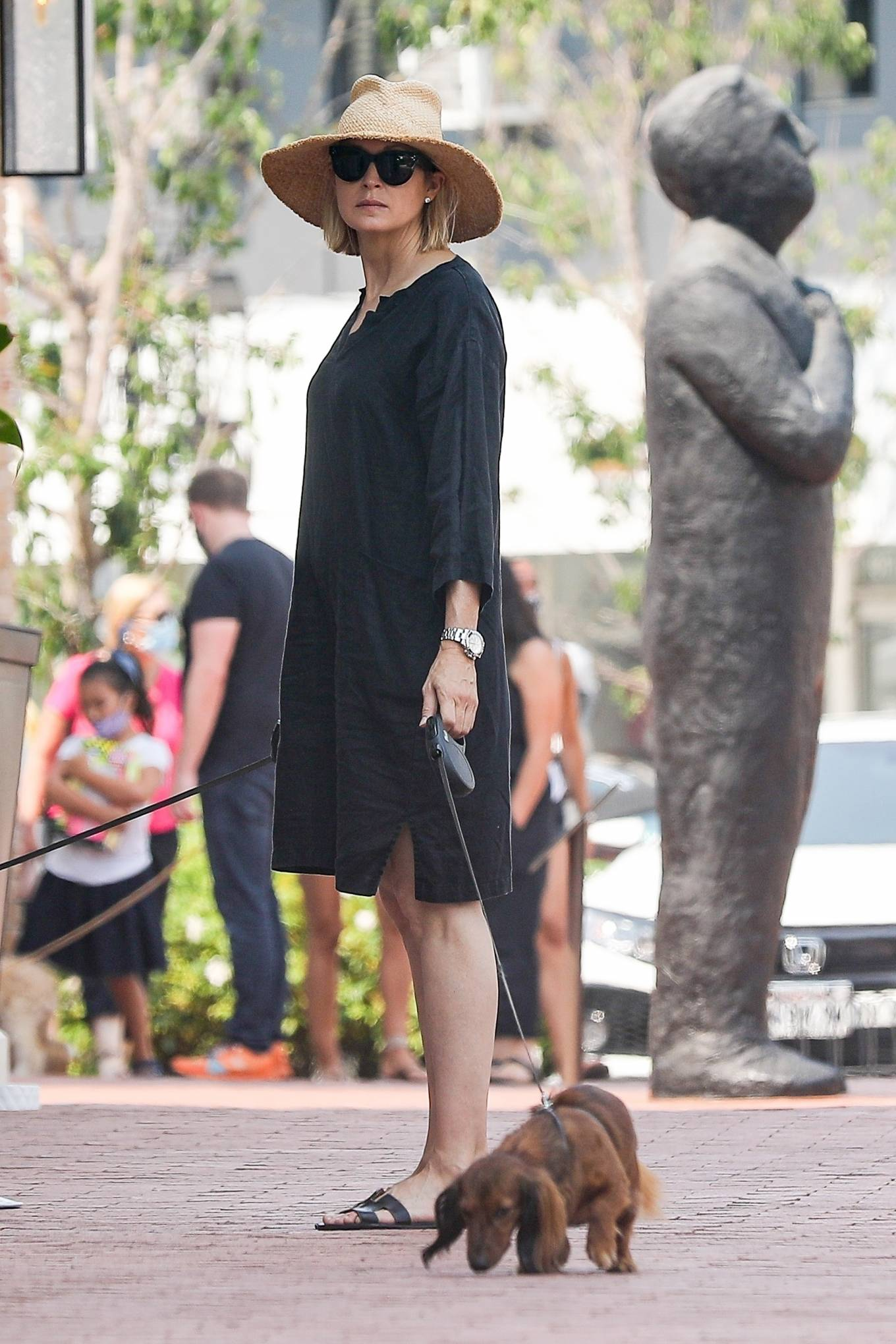 Kelly Rutherford 2020 : Kelly Rutherford – Shopping candids in Pacific Palisades-18