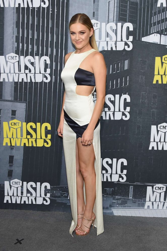 Kelsea Ballerini - 2017 CMT Music Awards in Nashville