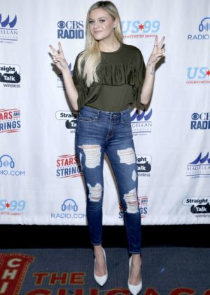 Kelsea Ballerini - 3rd Annual Stars and Strings Concert in Chicago