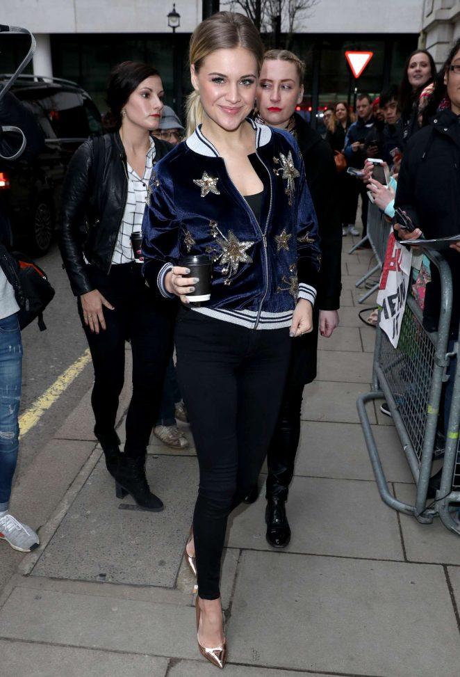 Kelsea Ballerini - Arrives at BBC Radio 2 in London