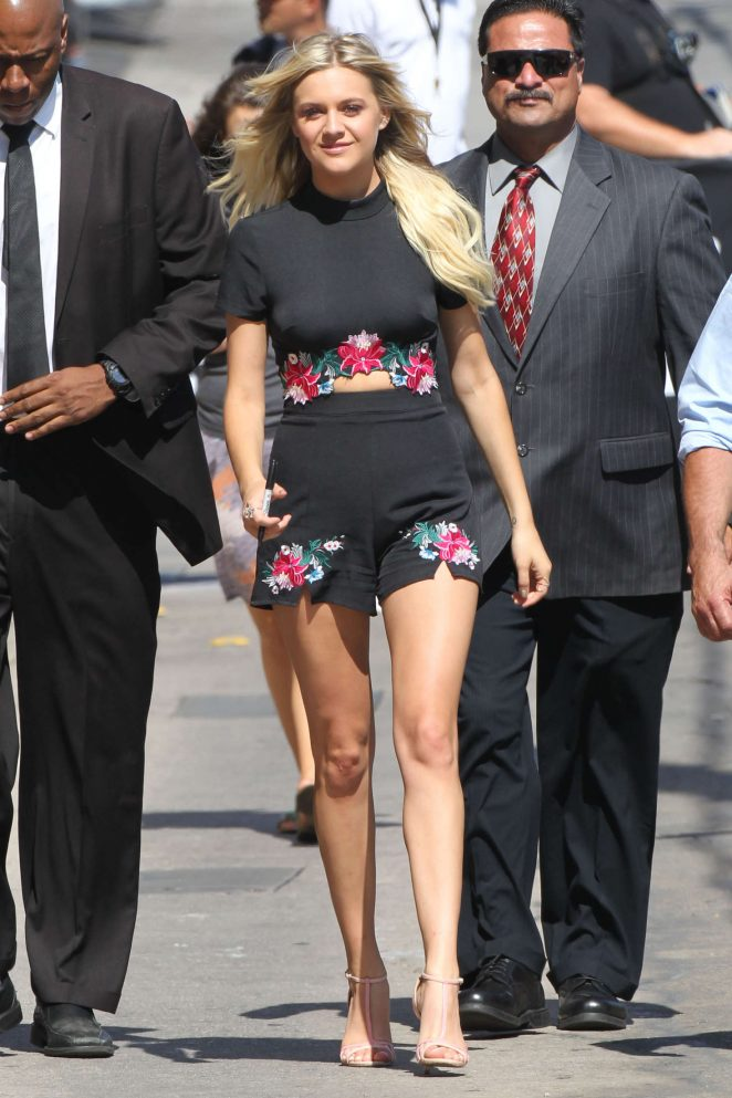 Kelsea Ballerini - Arriving at Jimmy Kimmel Live! in Los Angeles